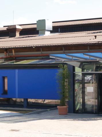 Badepark Waldkirchen Stahl Aufsatzfassade Rp Tec 60 1 Aussen