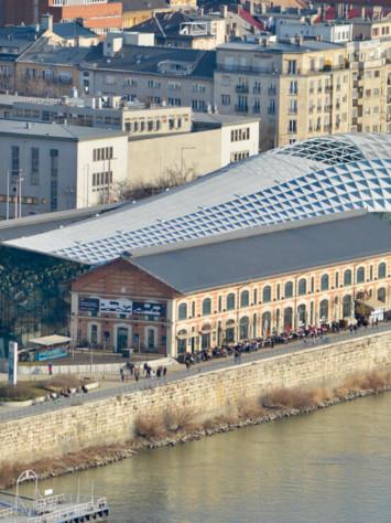 Balna Center Ganzglas Fassadensystem Rp Tec 55 1SG Donaublick