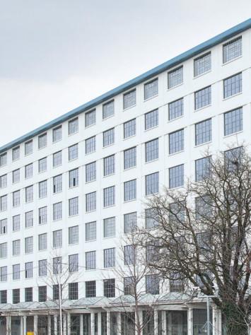 Eiffel Masstricht Design Stahl Fenstersystem Rp Fineline 70W Gesamt