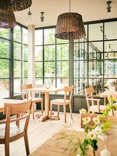 Hotel Barefoot Stahlfenstersystem rp fineline 70W Totale Vorschau