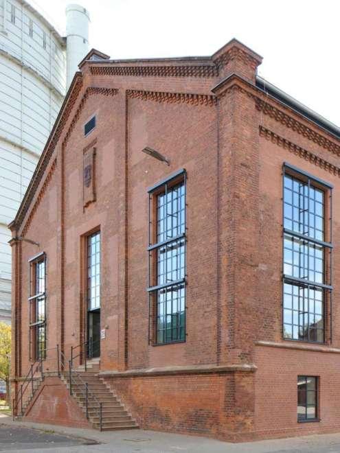 Luebeck Gaswerk Stahlfenster System rp fineline 70W Außen2 Vorschau