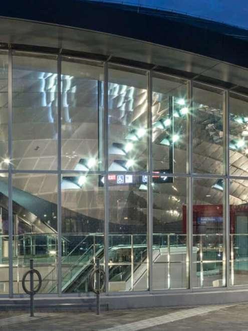 Vaughan Subway Aufsatzfassade Rp Tec Linke Ansicht